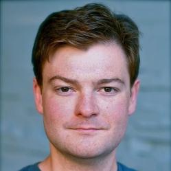 Chris Canfield website headshot